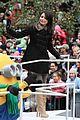 miranda cosgrove macys parade 23