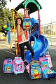 zendaya backpack delivery 01