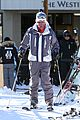 jesse mccartney hits the slopes 09