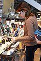 emma roberts camera shopping 13