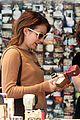emma roberts camera shopping 21