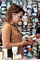 emma roberts camera shopping 30