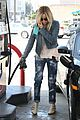 ashley tisdale gas station stop 07
