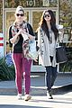 selena gomez smiling at starbucks 01