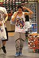 austin mahone miami shopping trip 05