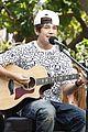 austin mahone grove performance 01