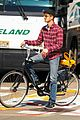 andrew garfield walk ren bike 02