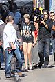 miley cyrus jimmy kimmel live arrival 2 12