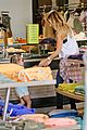 ashley tisdale shopping mom mikayla 05