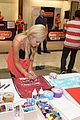 olivia holt radio disney mall meet 03