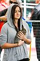 ariel winter makes a furry friend at the farmers market 01
