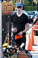 dane dehaan pumpkin picking with aubrey plaza 13