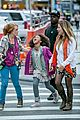 quvenzhane wallis carried jamie foxx annie 09