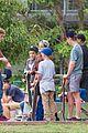 justin bieber shirtless skateboarding in sydney skate park 05