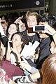 5sos casue fan frenzy at lax 24