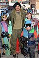 kellan lutz learns to snowboard at sundance 03
