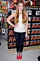 willow shields extra dvd signing 08