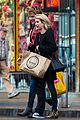 emma roberts real new yorkers walk fast 09