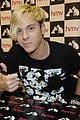 r5 ellington ratliff lost voice album signing 06