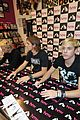 r5 ellington ratliff lost voice album signing 24