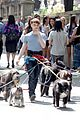 daniel radcliffe dog walker trainwreck nyc set 29