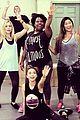 sarah hyland jenna ushkowitz hair rehearsal pics 05