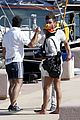 zac efron michelle rodriguez boat italy vacation 09