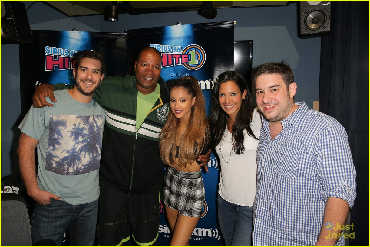 Ariana grande explains why her mg went wrong photo 711708 ariana grande explains why her mg went wrong photo 711708 photo gallery just jared jr kristyandbryce Image collections