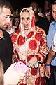 katy perry has tried dating non famous guys 01