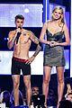 justin bieber strips to his underwear fashion rocks 01