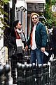 robert pattinson fka twigs hold hands look so happy 16