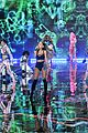 ariana grande ed sheeran victorias secret fashion show 09