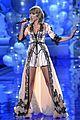 taylor swift victoria secret fashion show performance 03