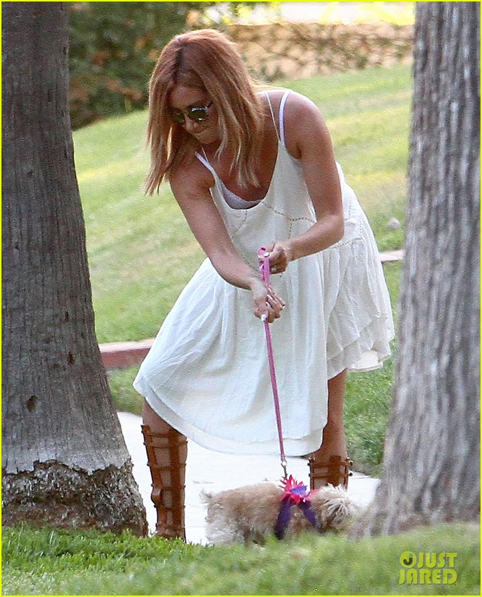 Ashley Tisdale Says Married Life Is Amazing Photo 846244 Photo