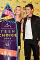 bella thorne gregg sulkin kiss goals teen choice awards 07