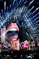 miley cyrus mtv vmas 2015 performance 26