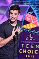 shawn mendes wins 2015 teen choice awards 08