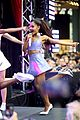 ariana grande focus out october macys event 19