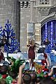 disney christmas parade full lineup pics 12.