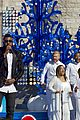 disney christmas parade full lineup pics 24
