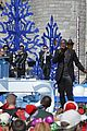 disney christmas parade full lineup pics 28