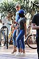 taylor swift demin outfit out with friend 07
