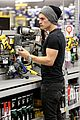 gregg sulkin lowes trip handy man bella oscar comment 03