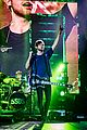 5 seconds of summer stockholm concert pics michael marilyn 19