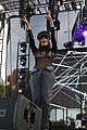 hailee steinfeld carly rae jepsen close out la pride 27