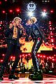miley cyrus billy idol iheartradio music festival 24