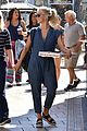 julianne hough picks up pizza at the grove 08