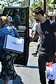 taylor lautner billie lourd shop ahead public memorial 10