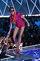 miley cyrus performs younger now mtv vmas 2017 13