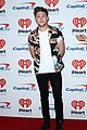 niall horan louis tomlinson take the stage separately at iheartradio music festival 32